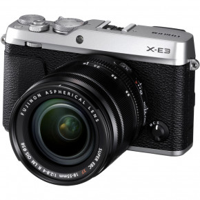 X-E3 with XF 18-55mm f/2.8-4 R LM OIS Lens (Silver)